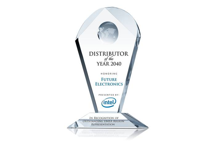 Crystal Distributor of the Year Award Plaque